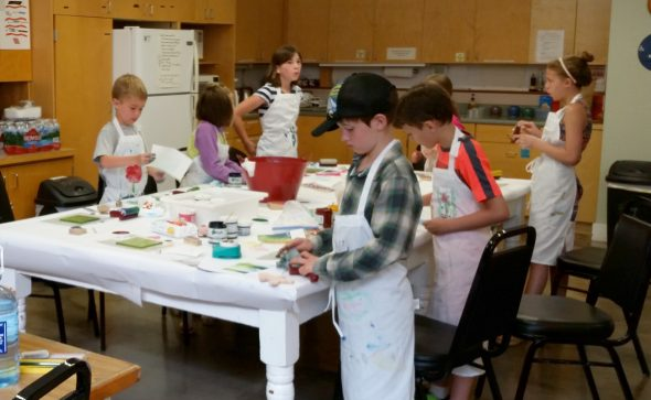 kids learning printmaking at Valley Art